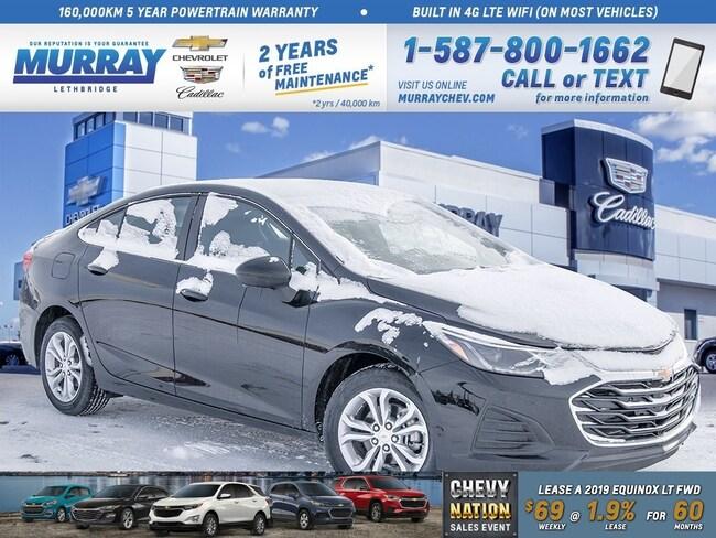 2019 Chevrolet Cruze **Heated Front Seats!  Rear Park Assist!** Sedan