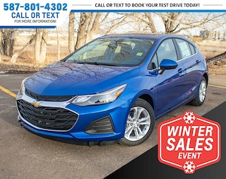 2019 Chevrolet Cruze LT Hatchback w/Park Assist & Heated Seats Hatchback