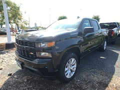 2019 Chevrolet Silverado 1500 New Crew Cab 4x4 Custom / Short Box Truck Crew Cab