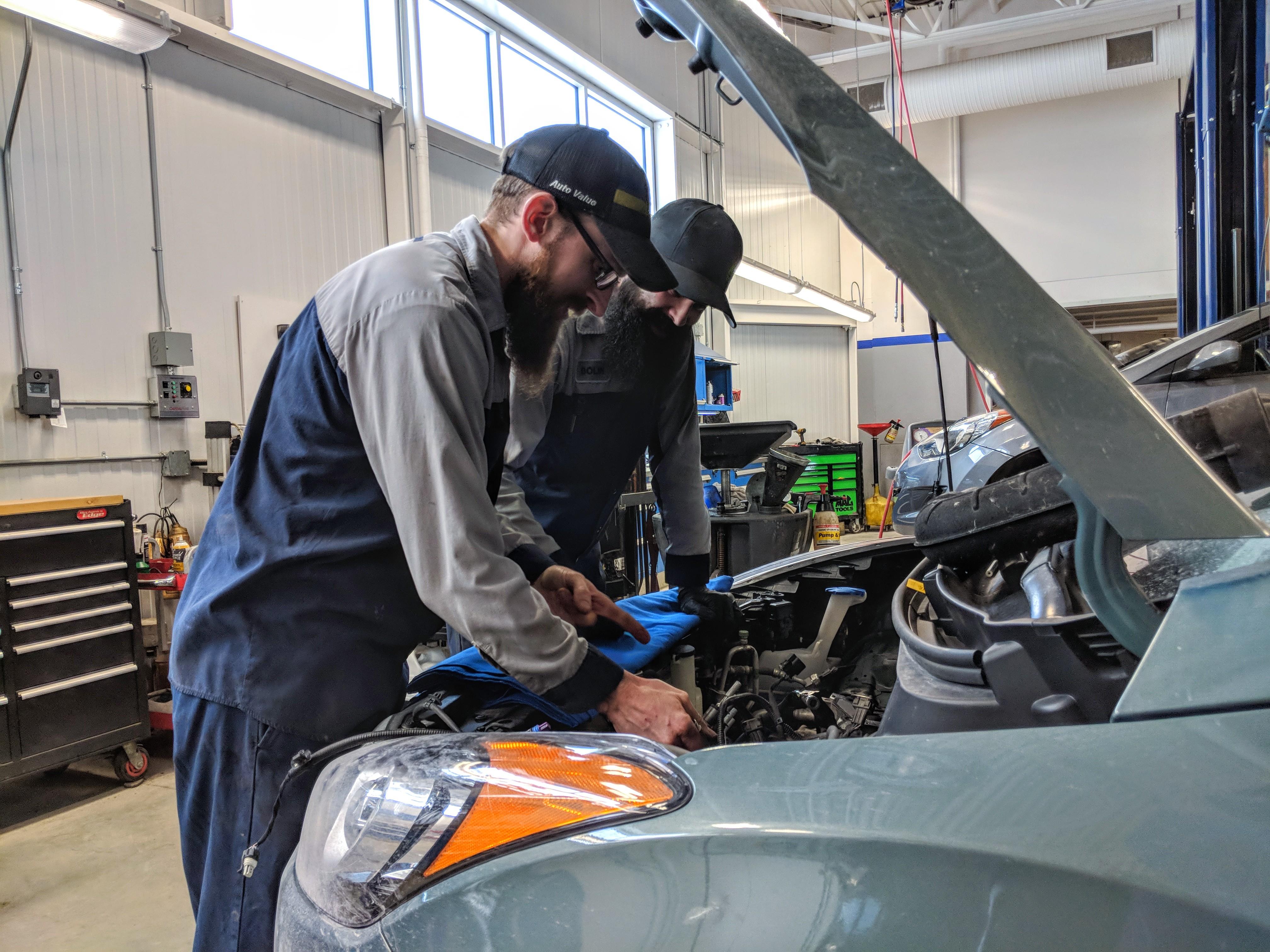 Car Dealership Jobs Careers In Canada Sales Admin More