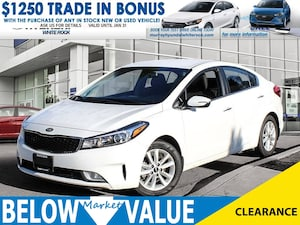 2017 Kia Forte EX**SUNROOF**BLUETOOTH**HEATED SEATS** Sedan