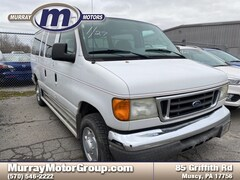 2006 Ford Econoline 350 Super Duty XLT Van