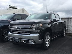 2019 Chevrolet Silverado 1500 LTZ | Power Retractable Assist Steps Truck Crew Cab