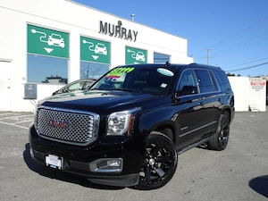 2016 GMC Yukon Denali 4WD Heated & cooled front seats SUV