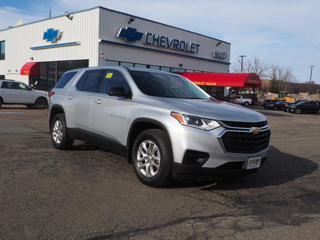 2018 Chevrolet Traverse 4x4 LS SUV w/1LS