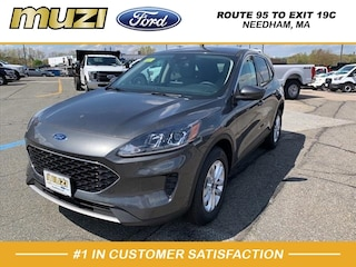 New 2020 Ford Escape SE SUV for sale near Boston MA at Muzi Ford