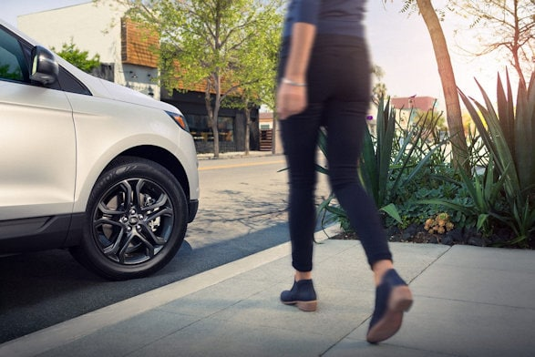 Ford Edge Wins Top Seats For Your Tookus