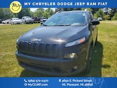 Used 2017 Jeep Cherokee Latitude 4x4 SUV for sale in Mt Pleasant, MI
