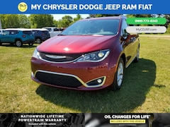 New 2020 Chrysler Pacifica LIMITED Passenger Van for sale in Mt Pleasant, MI