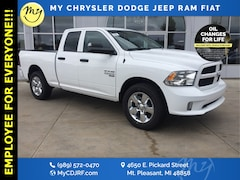 New 2019 Ram 1500 Classic EXPRESS QUAD CAB 4X4 6'4 BOX Quad Cab for sale in Mt Pleasant, MI