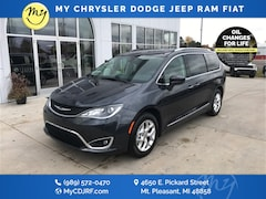 New 2020 Chrysler Pacifica TOURING L Passenger Van for sale in Mt Pleasant, MI