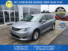 Certified Pre-Owned 2019 Chrysler Pacifica Touring L Van Passenger Van 2C4RC1BG8KR593162 for sale in Mt Pleasant, MI