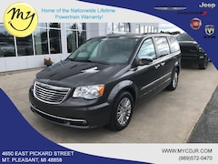 Used 2016 Chrysler Town & Country Touring-L Van LWB Passenger Van for sale in Mt Pleasant, MI