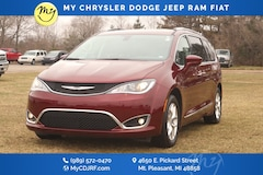 Certified Pre-Owned 2020 Chrysler Pacifica Touring L Van Passenger Van 2C4RC1BG0LR114072 for sale in Mt Pleasant, MI