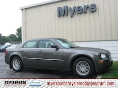 2009 Chrysler 300 LX Sedan