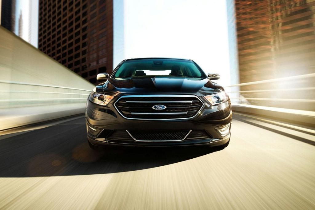 Ford Taurus Limited Grille