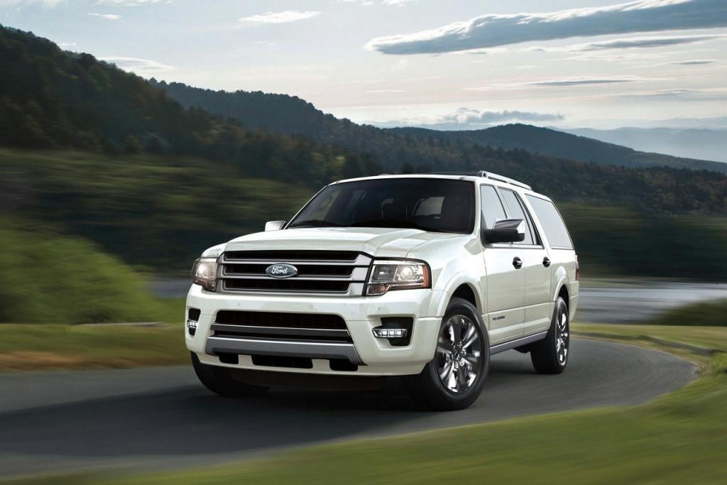 2017 Ford Expedition Platinum in White Gold