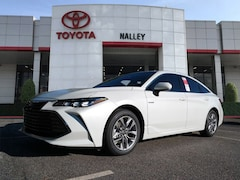New 2019 Toyota Avalon Hybrid XLE Sedan for sale Philadelphia