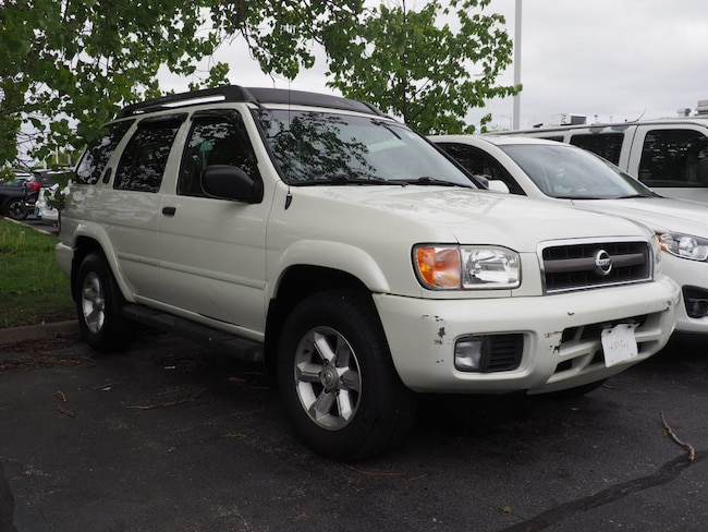Used vehicles 2004 Nissan Pathfinder SE SUV for sale near you in Arlington Heights, IL