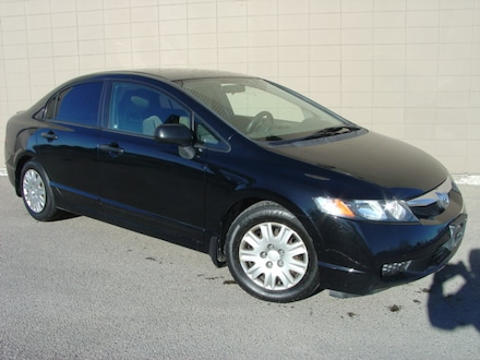 2010 Honda Civic DX. Loaded! 5 Speed Manual Sedan
