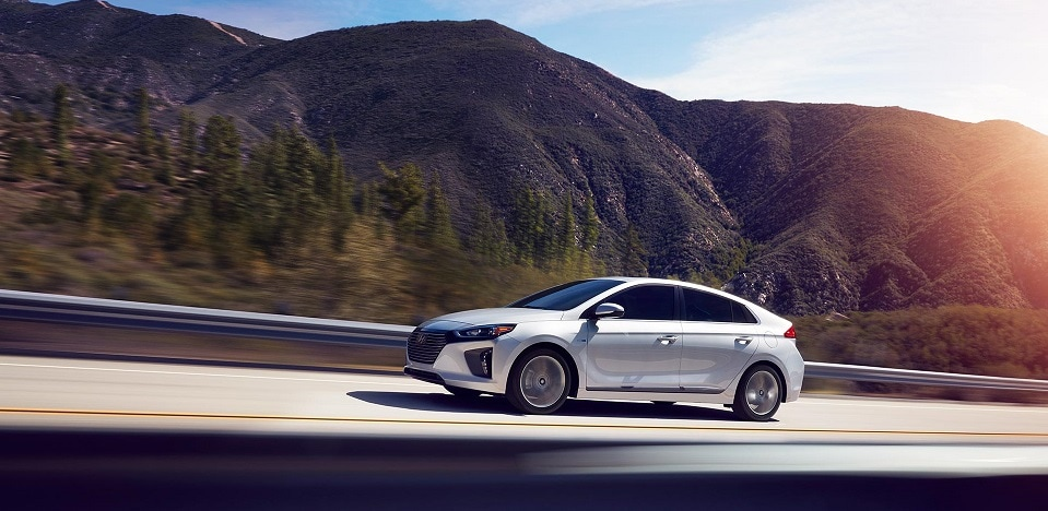 hyundai-ioniq-performance-features