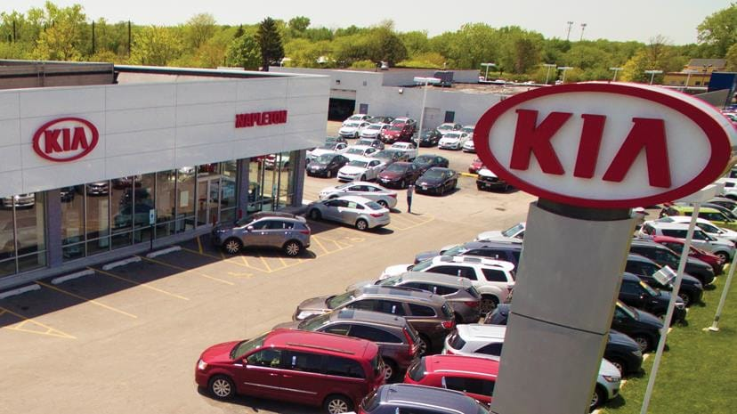 Napleton River Oaks Kia Dealership Exterior