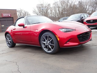 new Mazda vehicle 2019 Mazda Mazda MX-5 Miata Grand Touring Convertible for sale near you in Arlington Heights, IL