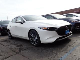 new Mazda vehicle 2019 Mazda Mazda3 Preferred Package Hatchback for sale near you in Arlington Heights, IL