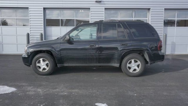 Used 2006 Chevrolet TrailBlazer LS SUV for sale in Loves Park, IL