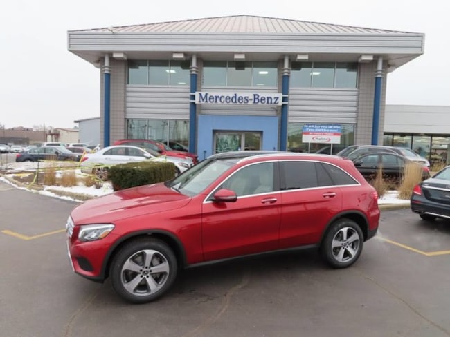 New Mercedes-Benz vehicle 2019 Mercedes-Benz GLC 300 4MATIC SUV for sale near you in Schererville, IN