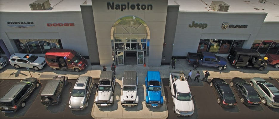 Napleton's Arlington Heights CDJR - CDJR Dealership Near Schaumburg, IL