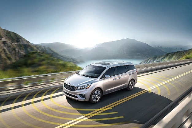 Kia Sedona safety tech
