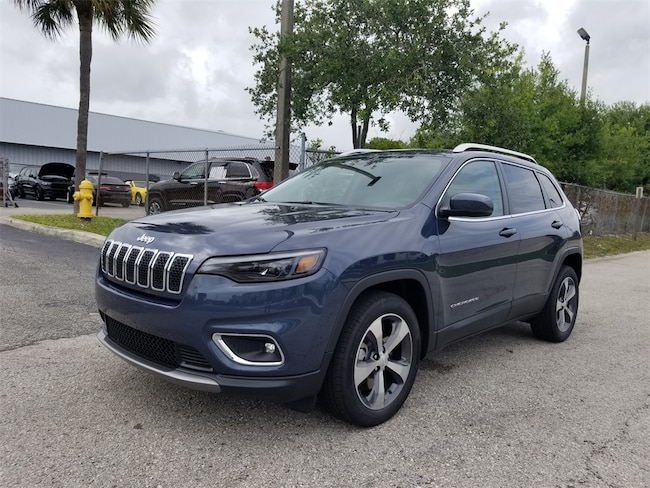 2019 Jeep Cherokee LIMITED FWD Sport Utility in Lake Park, FL
