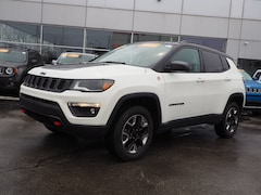 Used 2018 Jeep Compass Trailhawk 4x4 SUV for sale in Chicago