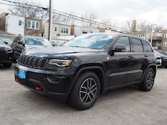 New 2019 Jeep Grand Cherokee TRAILHAWK 4X4 Sport Utility for sale in Chicago