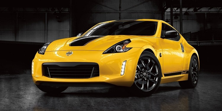 nissan-370-z-coupe-exterior