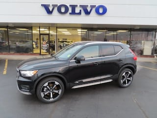 New 2019 Volvo XC40 T5 Inscription SUV YV4162UL6K2102734 for Sale in Schererville, IN