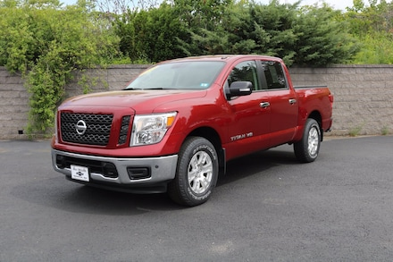 Featured Used 2019 Nissan Titan SV Truck Crew Cab for sale near you in Nashua, NH