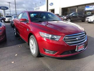 2019 Ford Taurus SEL Sedan