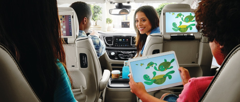 A family using the technology in the Chrysler Pacifica
