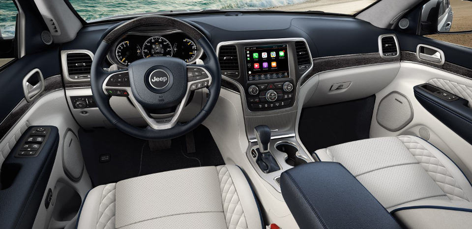Interior of a 2018 Jeep Grand Cherokee