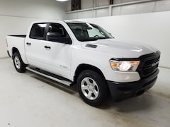 New 2019 Ram 1500 TRADESMAN CREW CAB 4X4 5'7 BOX Crew Cab Wilmington
