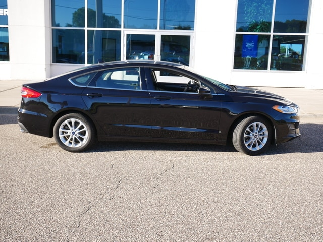 Used 2020 Ford Fusion SE with VIN 3FA6P0HD3LR250095 for sale in New Brighton, Minnesota