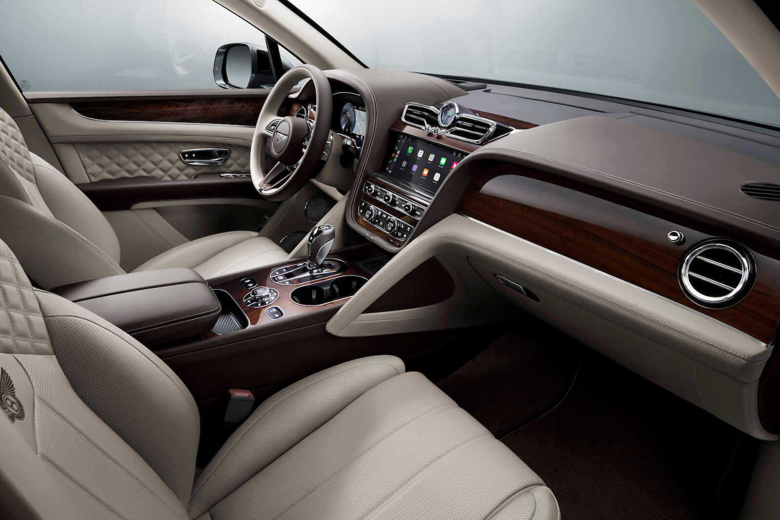 2021 Bentley Bentayga V8 interior