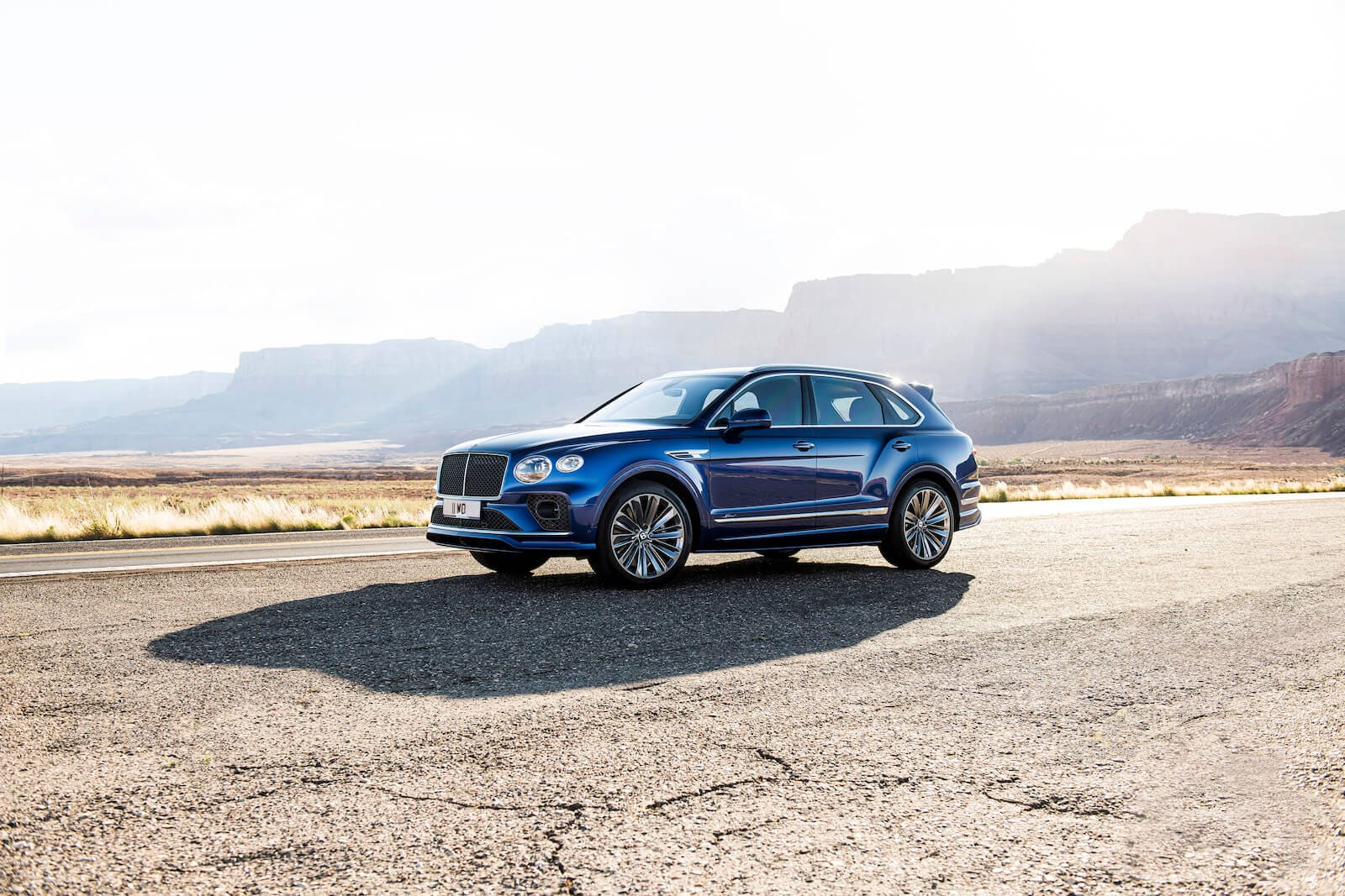 2021 Bentley Bentayga Speed in Moroccan Blue front view