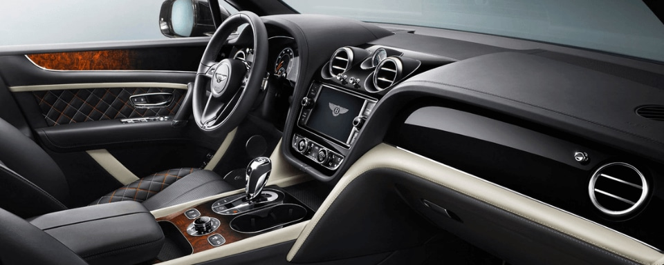 Bentley Bentayga Mulliner interior