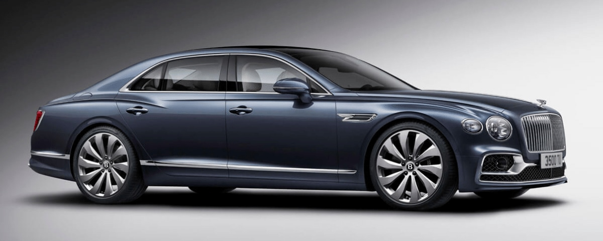 2020 Bentley Flying Spur front 3/4 view