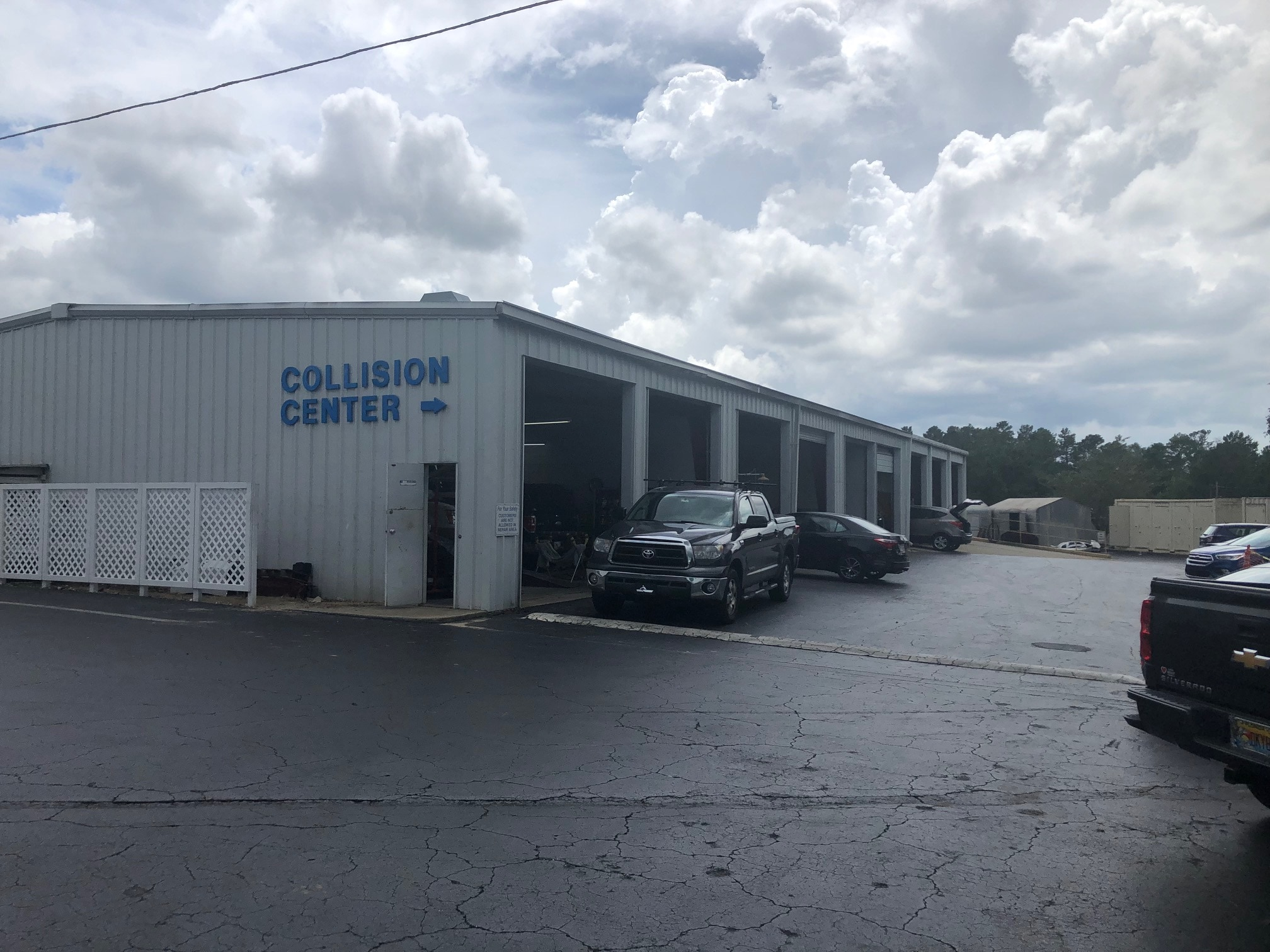 Nick Nicholas Ford Collision Center | Inverness, FL