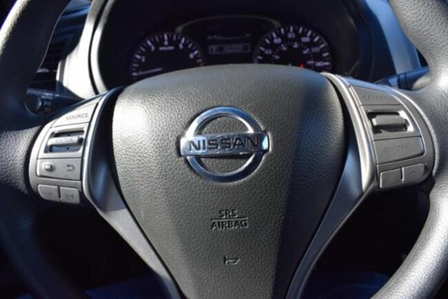 2013 nissan altima steering wheel airbag