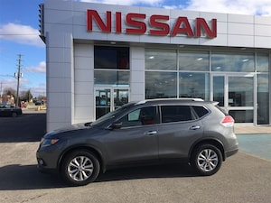 2015 Nissan Rogue SV - Front Wheel Drive